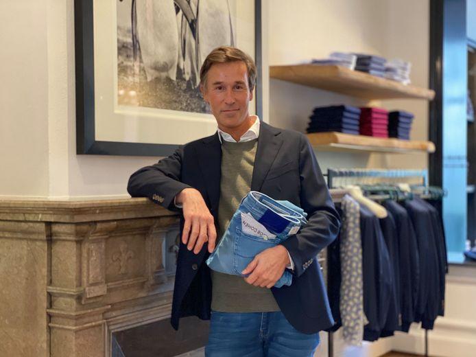 Manager Jean-François in Spiga, de nieuw luxe herenwinkel in de Vlaanderenstraat.