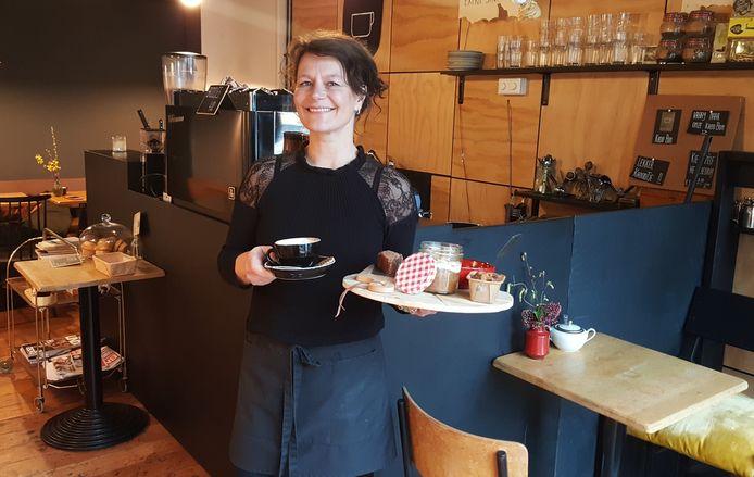 Marjon de Bruijn van KoffieTenTje in de Boschstraat  in Breda