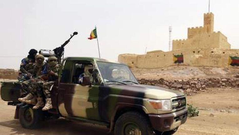 Malinese soldaten in het noorden van Mali nabij de stad Kidal.