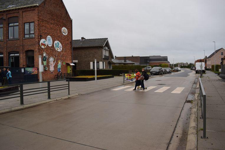 De grote wegenwerken op Ramonshoek en Overslag zijn vijf maanden eerder klaar dan verwacht.