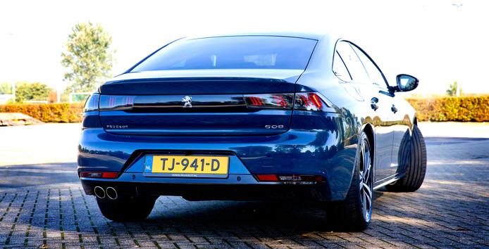 Test Peugeot 508: spannend, maar soms onhandig | Autotest