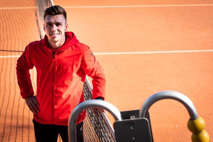 Bram Beynen begon een paar jaar terug als tenniscoach bij KTC Diest, maar geeft nu vooral conditietrainingen.