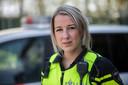 Agente Suz Versleijen ving een hevig geschokte vrouw op die vanuit haar auto het ongeluk had zien gebeuren.