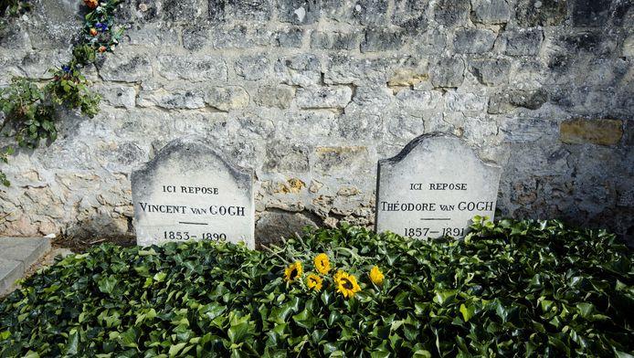 Het graf van Vincent van Gogh en zijn broer Theo.