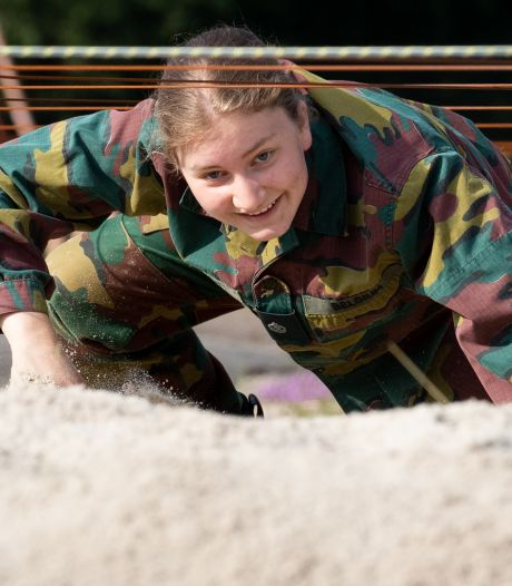 La future reine des Belges termine son année de formation militaire