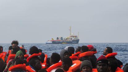Elf migranten sterven voor Libische kust, 263 anderen gered