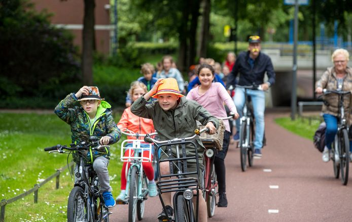 Opening van het 'zangfietspad' in Veenendaal in 2019.