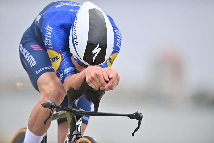 Remco Evenepoel tijdens de tijdrit in de Benelux Tour.