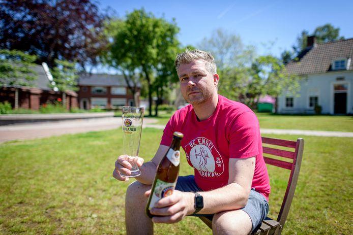 Bas Boerrigter tovert de Stadstuin in Oldenzaal ieder weekend om tot Bierentuin: 'Lekker ongedwongen'