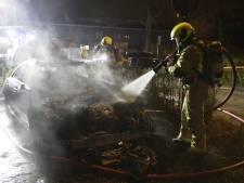 Mercedes uitgebrand op de Goudsmidsgaarde in Den Haag