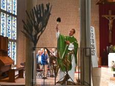 De doopkapel in Overloon krijgt weer een duif