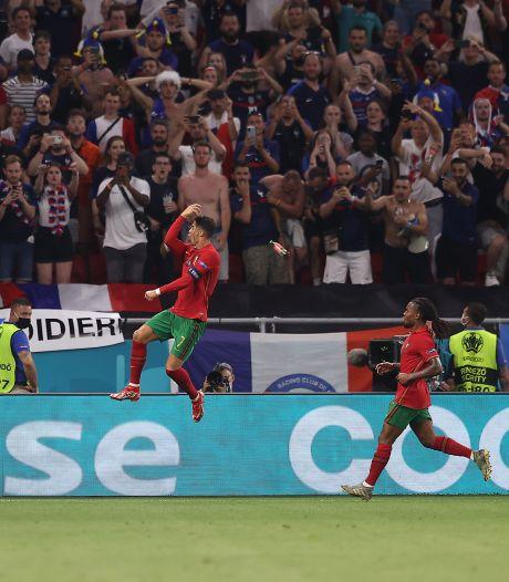 Cristiano Ronaldo bekogeld met flesje Coca-Cola na memorabele treffer