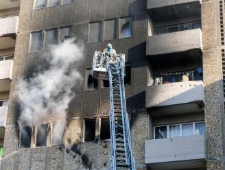 Zware brand in appartementsgebouw Marollen