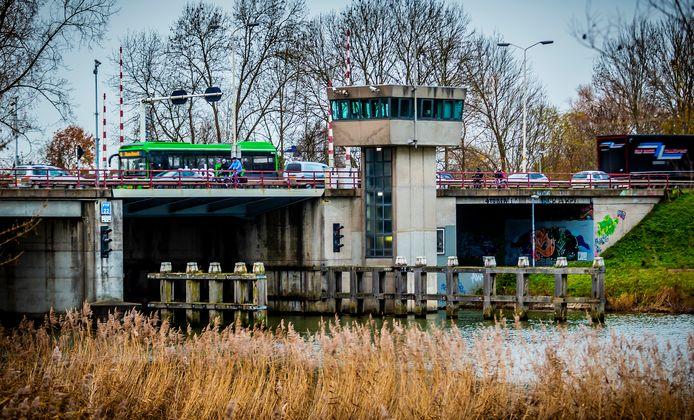 De Wantijbrug wordt vanaf 19 januari afgesloten.