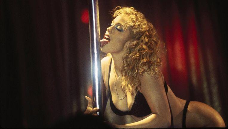 Elizabeth Berkley in de film 'Showgirls' Beeld PHOTO_NEWS