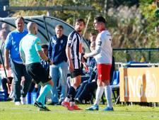 Domme rode kaart nekt Hercules: 'Ik heb mijn excuses gemaakt aan m'n ploeggenoten'