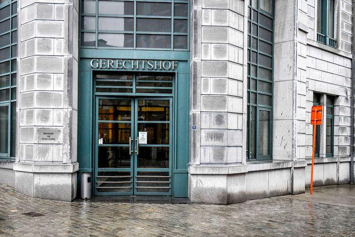 G. daagde zelf niet op voor de strafrechtbank in Tongeren
