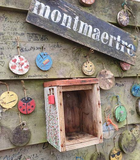 Vogelhuisje met geld aan Montmaertreplein leeggeroofd