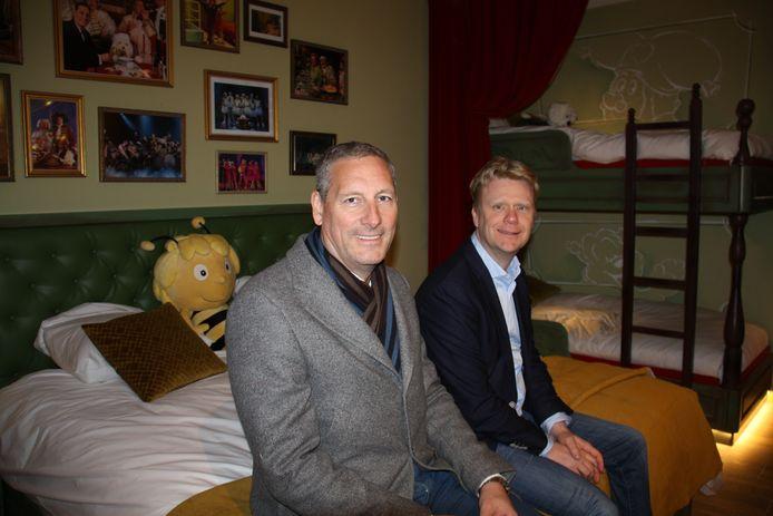 Gert Verhulst en Steve Van den Kerkhof in een standaardkamer van het nieuwe Plopsa-hotel, dat nog wat langer op slot blijft.