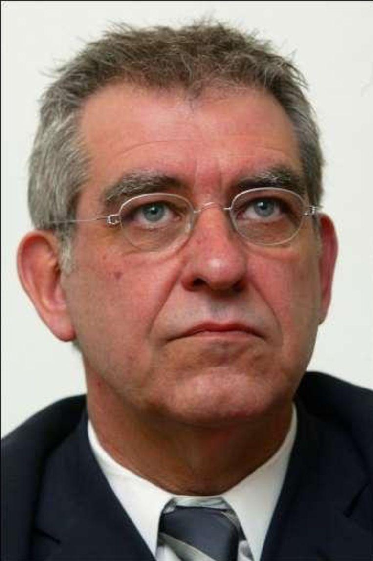 Robert Voorhamme neemt het niet dat bouwheer toerisme Vlaanderen eenzijdig besliste om de bouw stil te leggen.