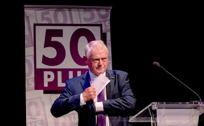 Toenmalig scheidend voorzitter Jan Nagel geeft een toespraak tijdens de algemene ledenvergadering van 50PLUS, in juni 2017.