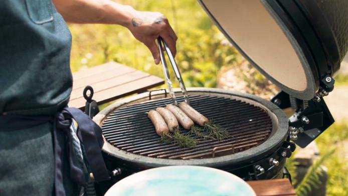 Gebruik eens rozemarijn op de barbecue.
