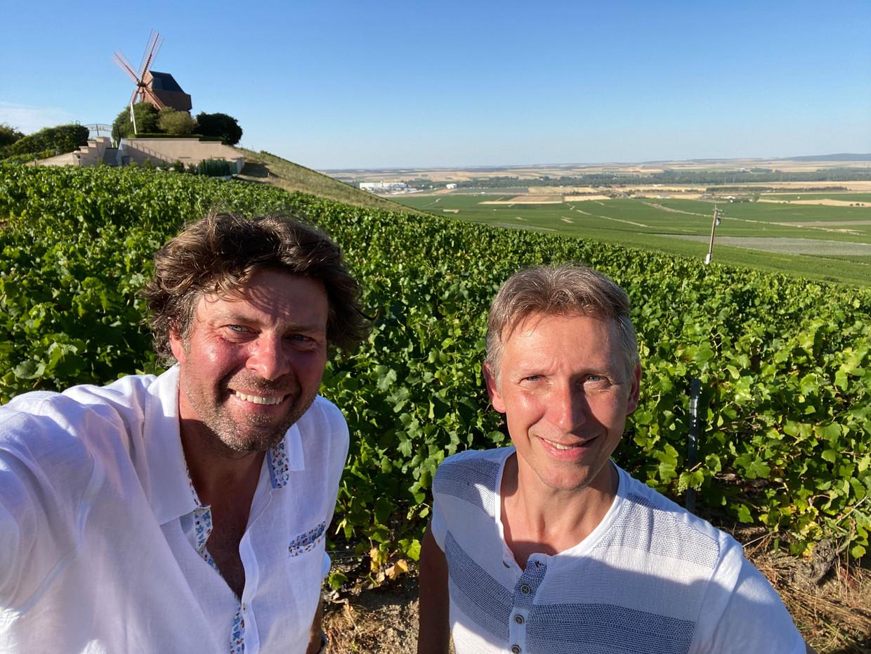 Wim Lybaert en Helmut Lotti in 'De Columbus'. Beeld © VRT