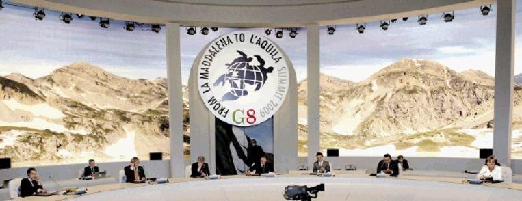 Leiders van de G8 (de zeven rijkste landen plus Rusland) vergaderen in LÂ¿Aquila met de G5 (grote ontwikkelingslanden) en speciale gast Egypte. (FOTO AP) Beeld AP