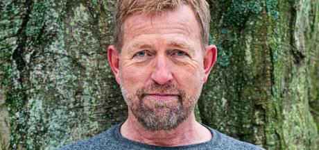 Harm Edens schreef boek over zijn jeugd in een beklemmend gezin in Enschede: 'Altijd: Zullen we dat maar niet doen?'