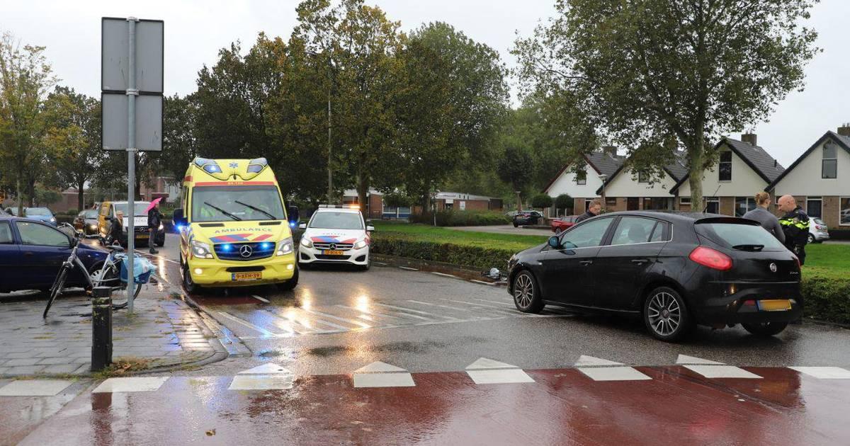 Jonge fietsster gewond door aanrijding in Kampen.