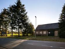 Boerderij plat; twee bouwkavels naast De Weitens in Dommelen