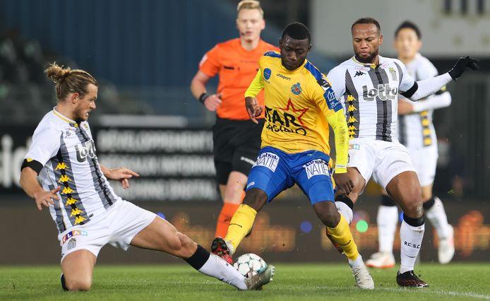 Ilaimaharitra ging stevig in de fout tegen Waasland-Beveren.