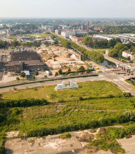 Wordt de stilte op het bouwterrein van Ons Oostende in Helmond na vier jaar nu snel doorbroken?