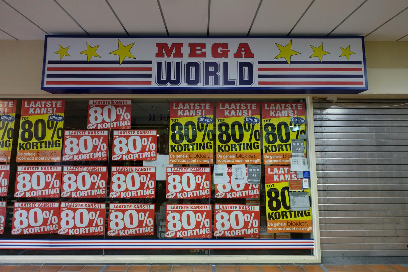 De winkelketen Mega World ging dit jaar failliet.