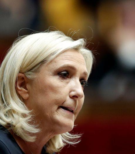 """Marine Le Pen veut être la présidente du """"retour de l'autorité de l'État"""""""