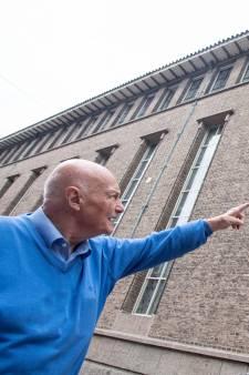 Frits Heijne (85), oudste stadsgids van Enschede, is een wandelende Wikipedia: 'Ik ben bezeten van de stad!'