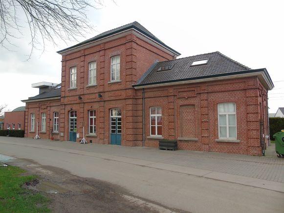 Het voormalige stationgebouw van Gits.