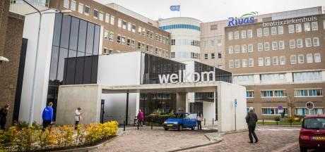 Teruglezen: ziekenhuis afgesloten, drie nieuwe coronabesmettingen