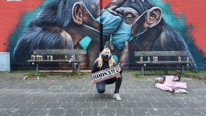 Chimpansees met mondkapjes: Roos wil publiek raken met haar werk