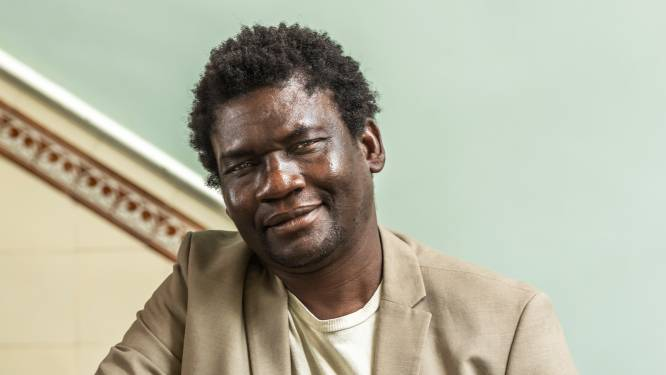 Bright (51) keek dood in de ogen in Liberia, nu helpt de Utrechter andere vluchtelingen aan een nieuw bestaan