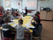 'Wiesneus' klinkt op steeds meer basisscholen: kinderen krijgen lesje Achterhoeks