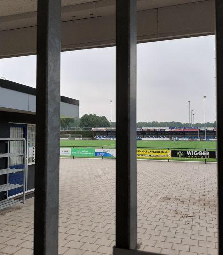 Hoofdveld De Zweef in zomervakantie afgesloten ter voorkoming van vernielingen: 'We zitten hier niet te wachten op excessen zoals bij Hulzense Boys'