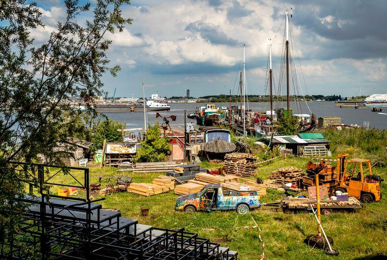 Het ADM-terrein in het Westelijk Havengebied werd ruim twintig jaar gekraakt en stond al twee jaar grotendeels leeg. Beeld Remko de Waal/ANP