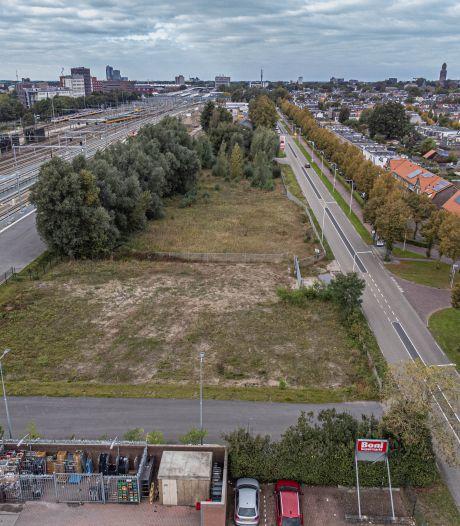 Zwollenaren 'pissig en emotioneel' over plannen padelbaan: 'We willen het niet, dat galmende getiktok'