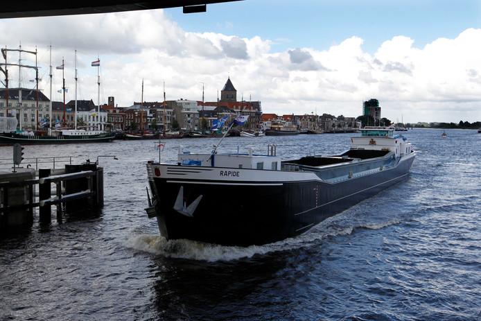 De ligging aan het water zorgt dat de logistieke sector in Kampen flink groeit.