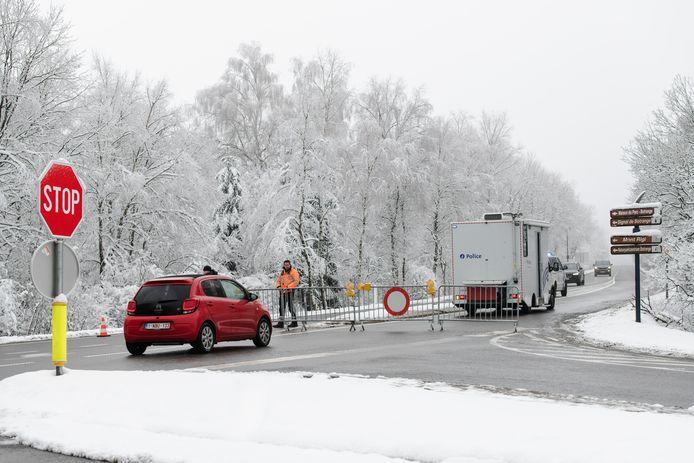 Le week-end du Nouvel An, des barrages routiers avaient été installés pour empêcher les promeneurs de se rendre dans les Fagnes.