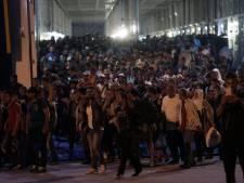 4.300 migrants débarquent au port du Pirée