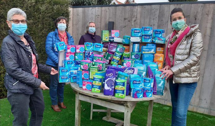 De Liberale Dames van Ham en Open vld Ham  kochten deze levensnoodzakelijke producten voor een bedrag van 300 euro en doneren dit bij de doneerbox.