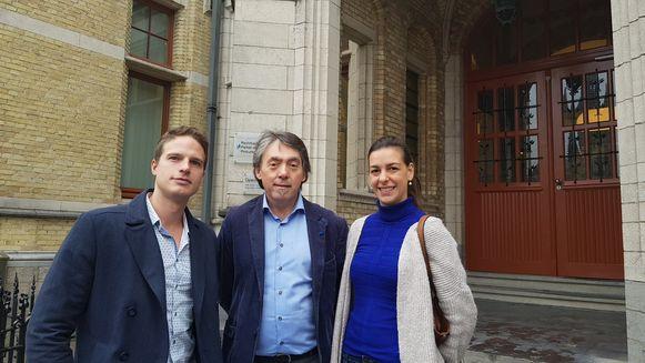 Dierenarts Joshua Dutré, GAIA-voorzitter Michel Vandenbosch en dierenarts Valérie Huvaere zijn heel tevreden met de uitspraak.