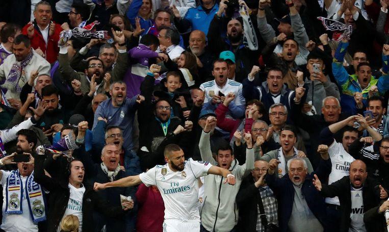 ► Karim Benzema kreeg twee kansen en zette die allebei zonder aarzelen om in een doelpunt. Beeld REUTERS